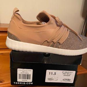 Brand New in Box Women's Metallic Tennis Shoes